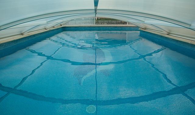 mozaika v bazénu.jpg