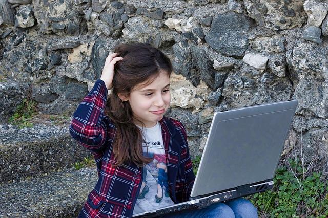 Internet – místo nepřátelské dětem?