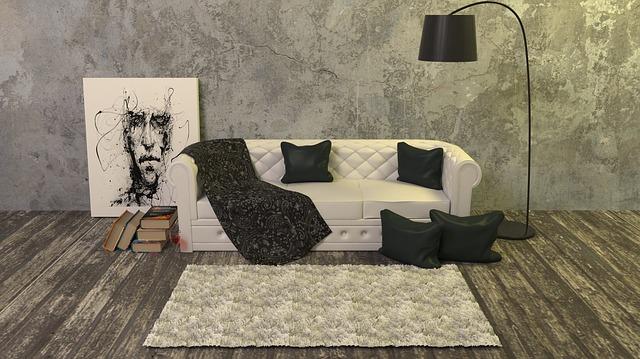 kobereček před gaučem