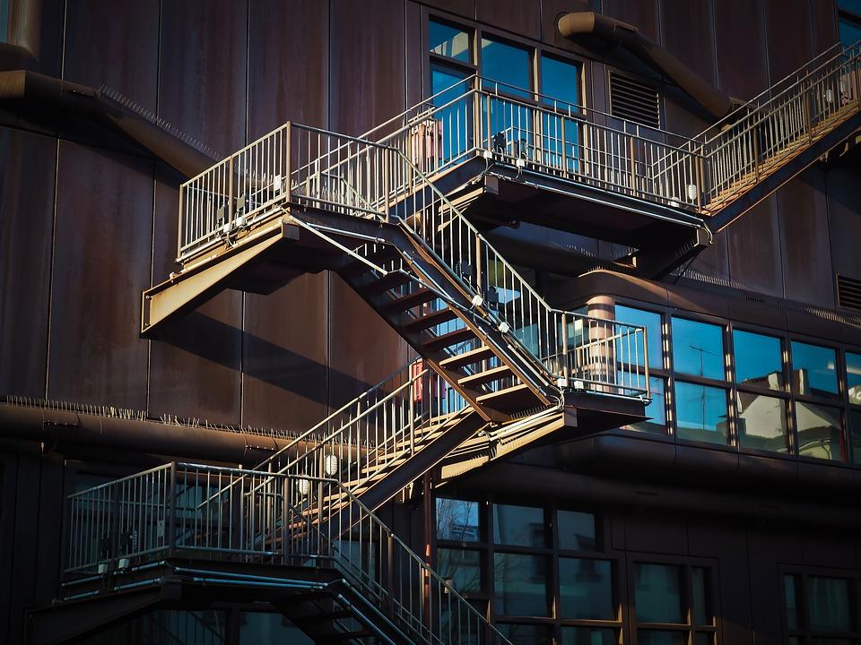 Co jsou to schodiště kombinovaná